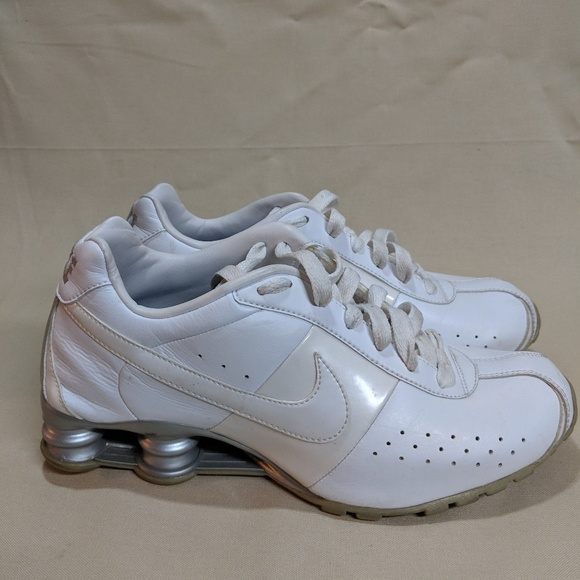 check out 7954d cee13 Nike Shox Classic II White Men s. M 5cd221ddafade888edd92876